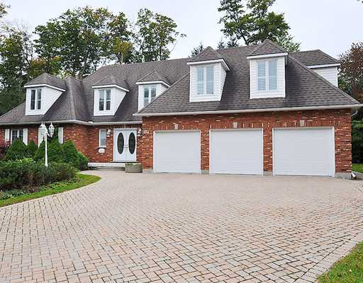 654 Deer Run Dr, Waterloo Ontario, Canada
