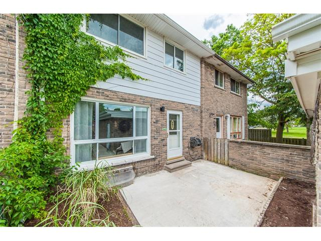 8 ralgreen crescent, Kitchener Ontario, Canada